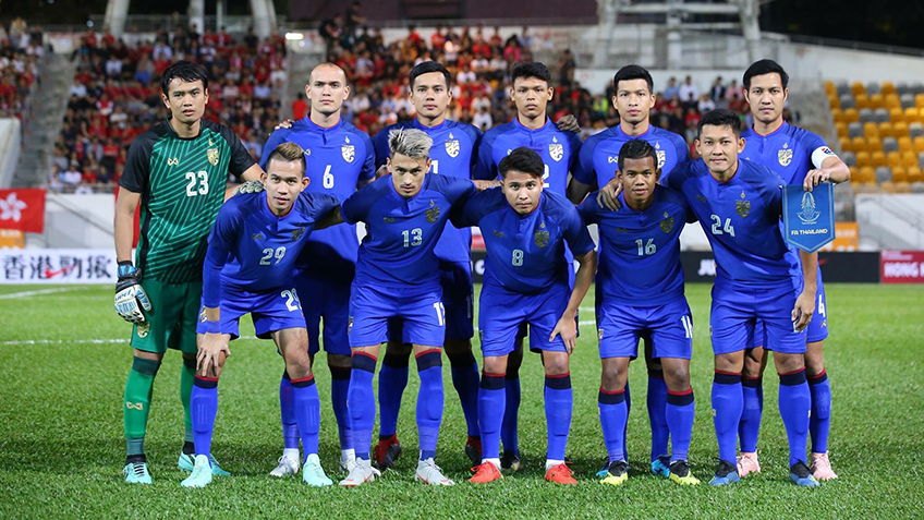 รายชื่อนักเตะทีมชาติไทย